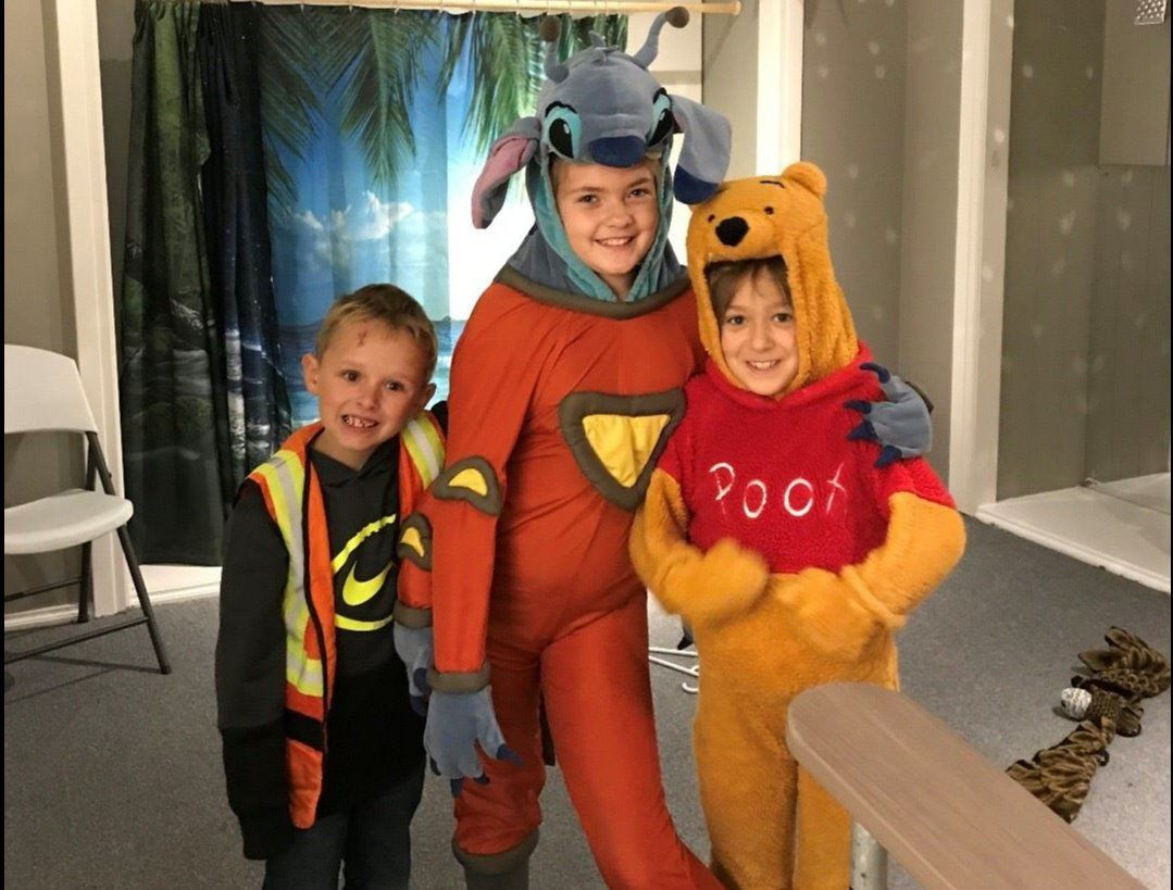 Kids Posing with Haloween Costumes 2
